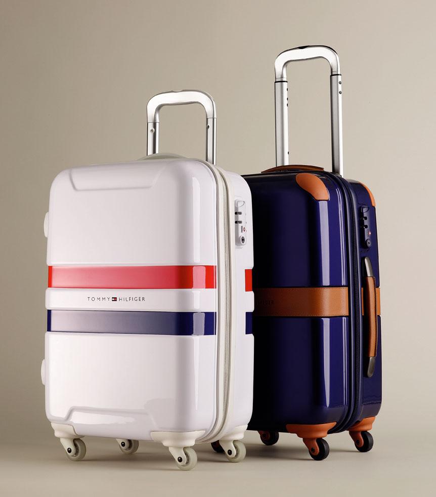 Die Koffer Cruise (vorne) und Heritage (hinten) von Tommy Hilfiger.