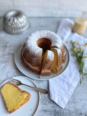 Rezept: Saftiger Eierlikör-Rührkuchen 3