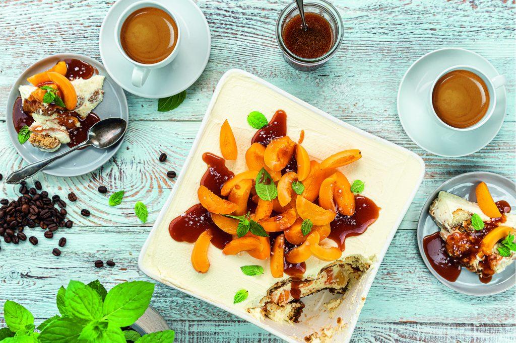 Rezept: Aprikosen-Tiramisu mit Kaffee-Salz-Karamell 3